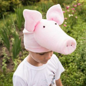 pig pretend play