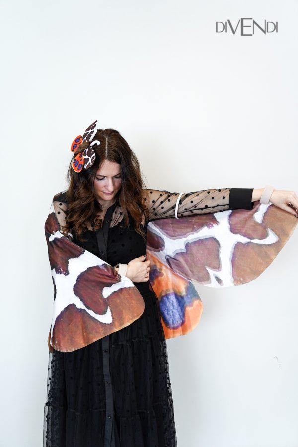 tiger moth wings